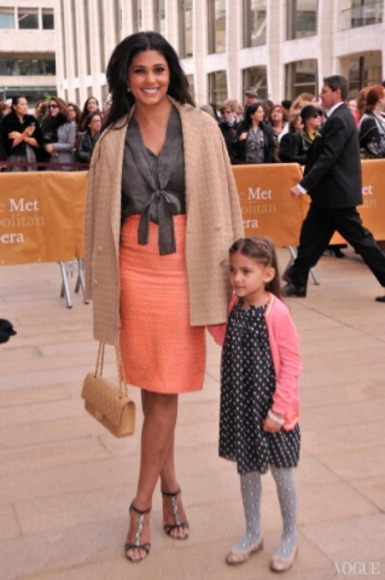 Рэйчел Рой с дочерью