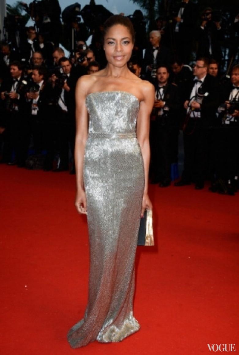 Наоми Харрис в платье Calvin Klein