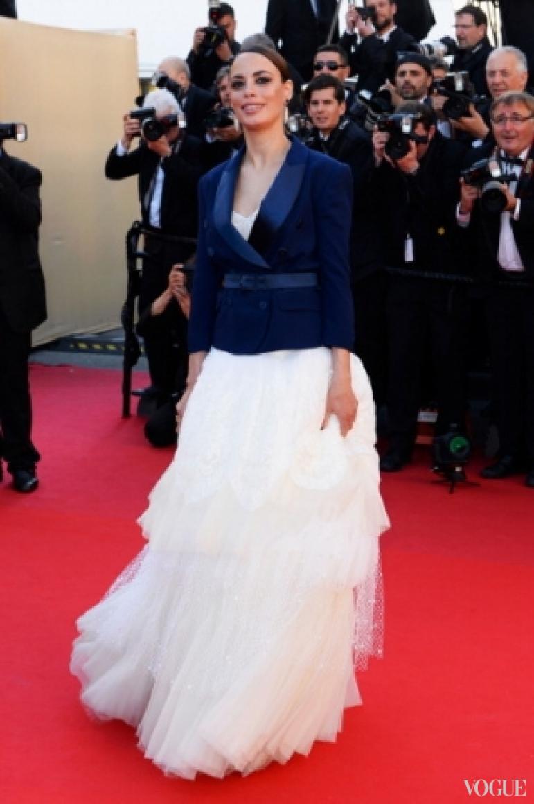 Беренис Бежо в платье Alexis Mabile Couture