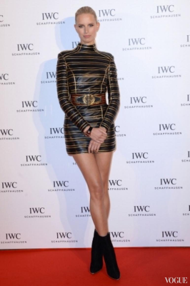 Каролина Куркова в платье Balmain Pre-Fall 2013
