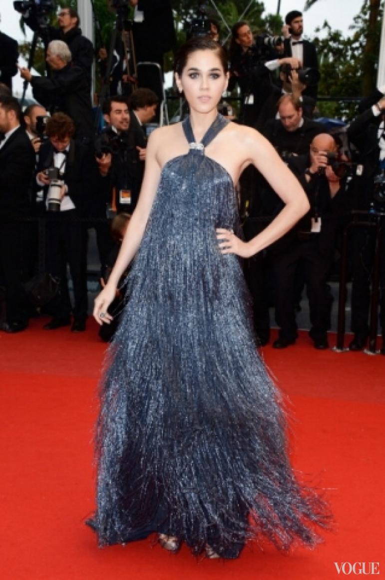 Арайя Хагейт в платье Salvatore Ferragamo