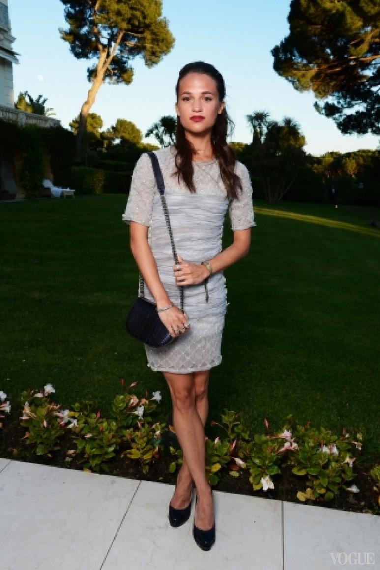 Алисия Викандер в платье Chanel Haute Couture S/S 2013