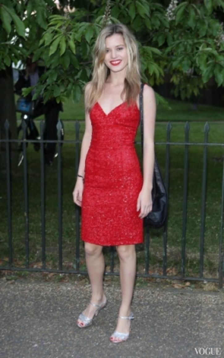 Джорджия Мэй Джаггер в платье Dolce&Gabbana