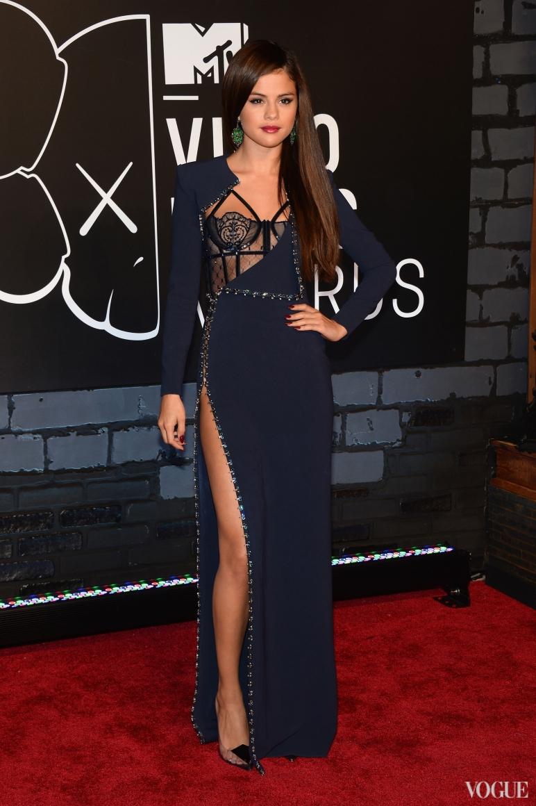 Селена Гомес в Atelier Versace