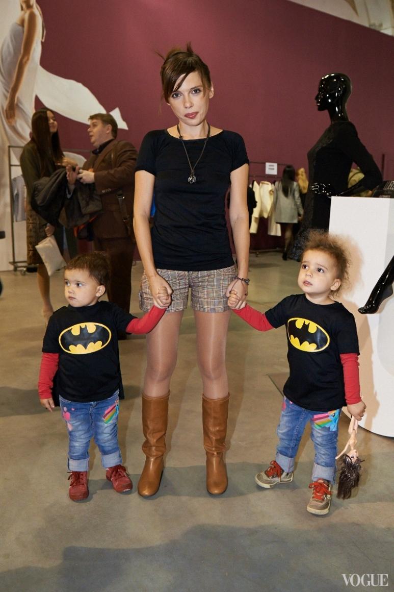 Ирена Карпа с детьми