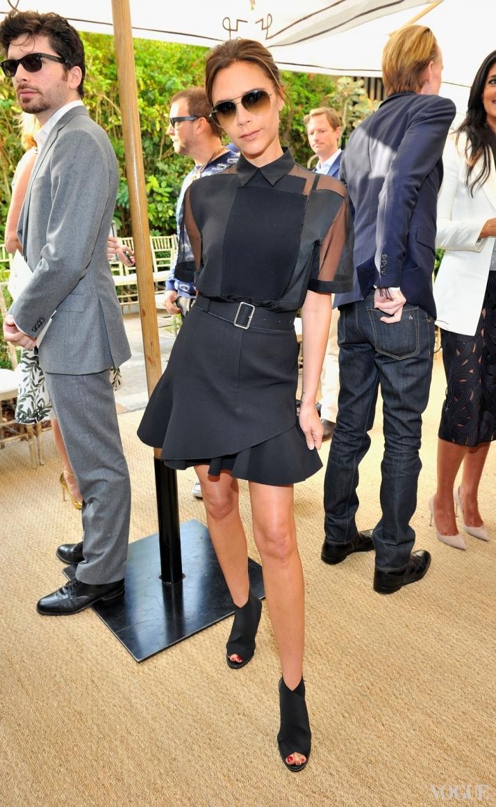 Виктория Бекхэм в платье Victoria Beckham