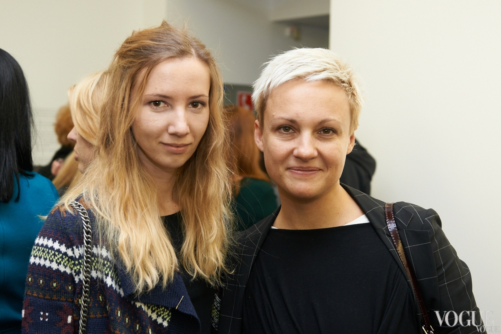 Алена Громницкая (справа)