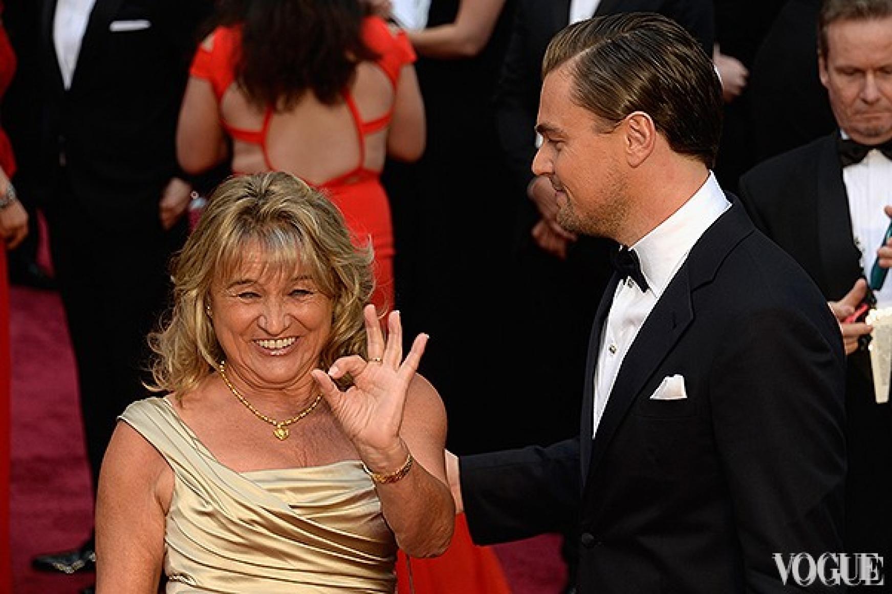 """В этот момент мама Лео ди Каприо еще не знает, что ее сын снова останется без """"Оскара""""..."""