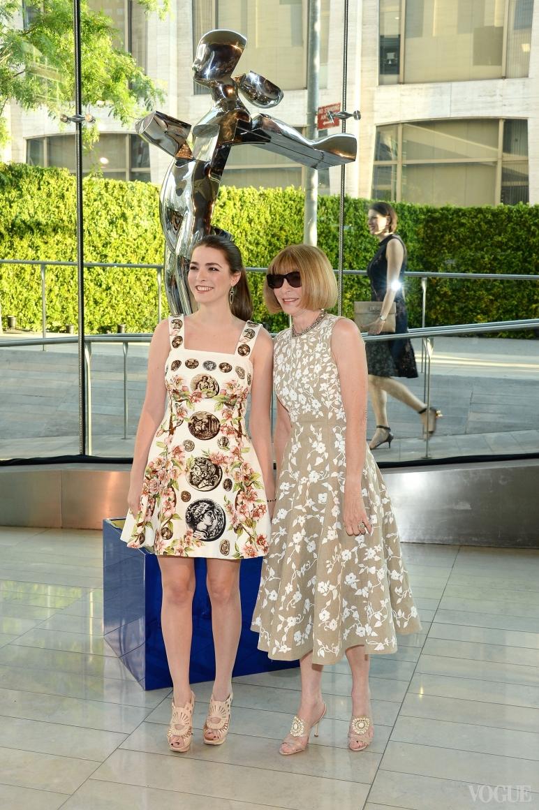 Би Шафер в Dolce&Gabbana и Анна Винтур в Michael Kors