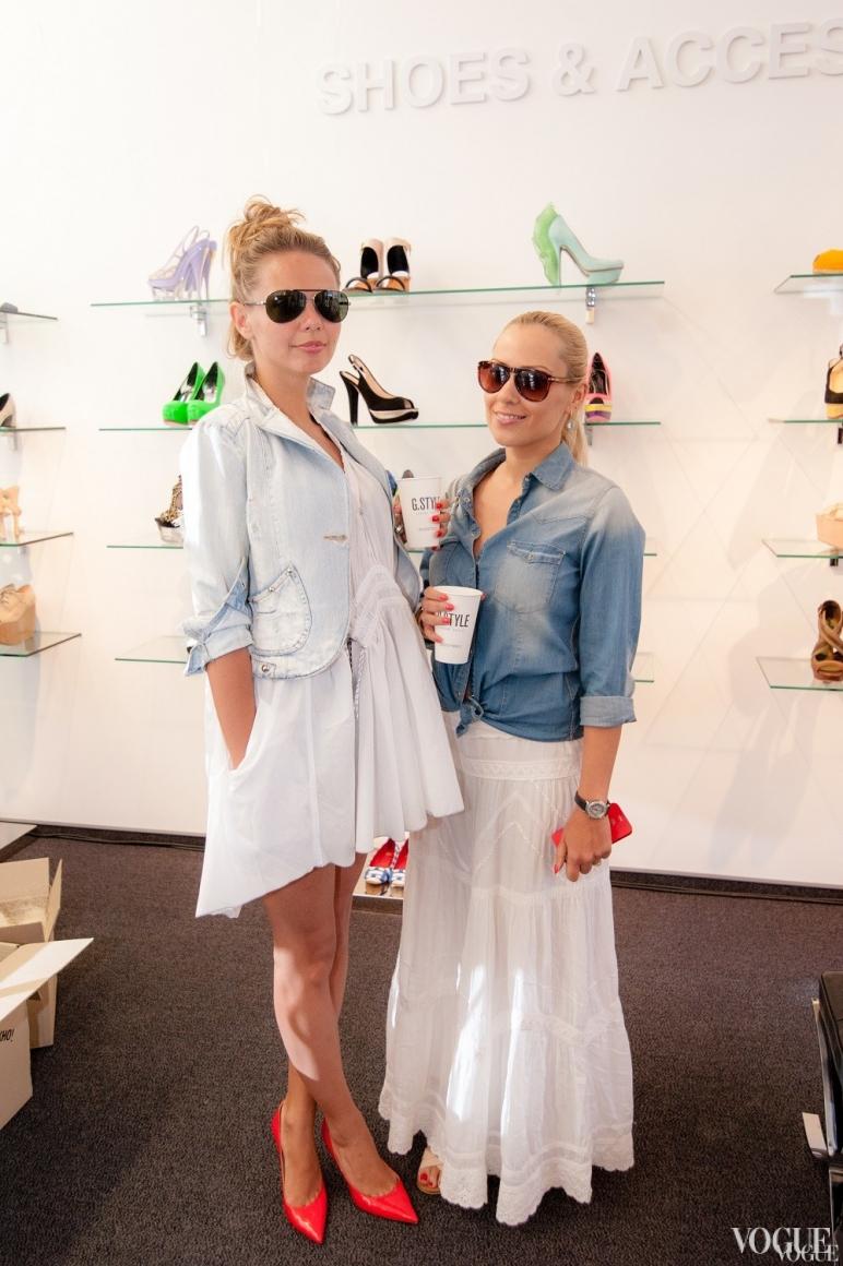 Алена Дальская (справа)