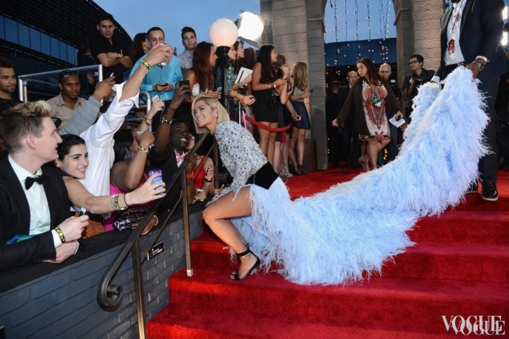 Рита Ора в платье Alexandre Vauthier на церемонии MTV Video Music Awards 2013