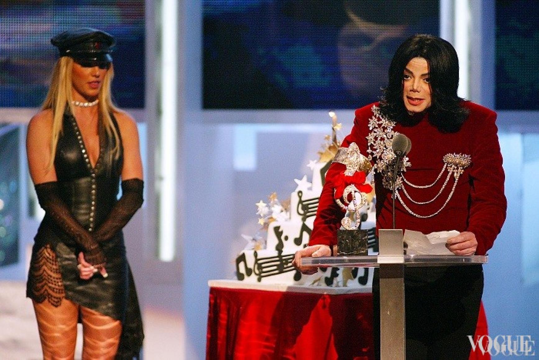 Бритни Спирс и Майкл Джексон, 2002
