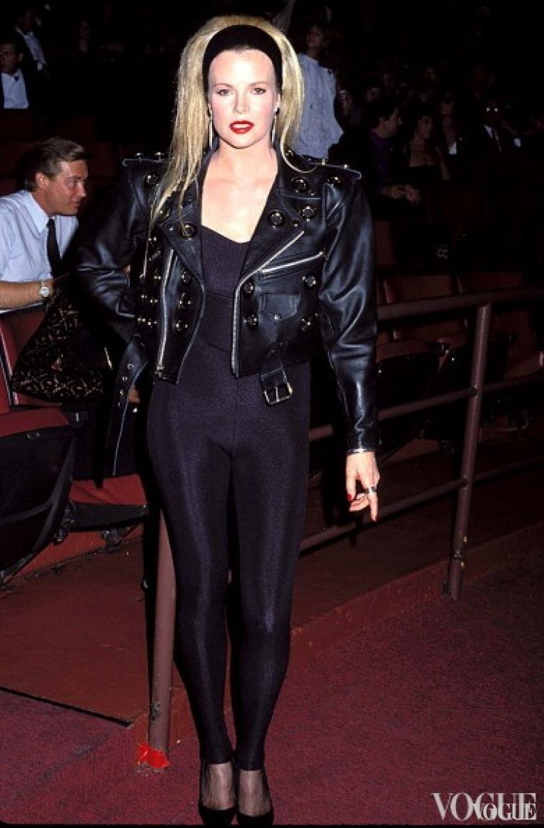 Ким Бесингер, 1990