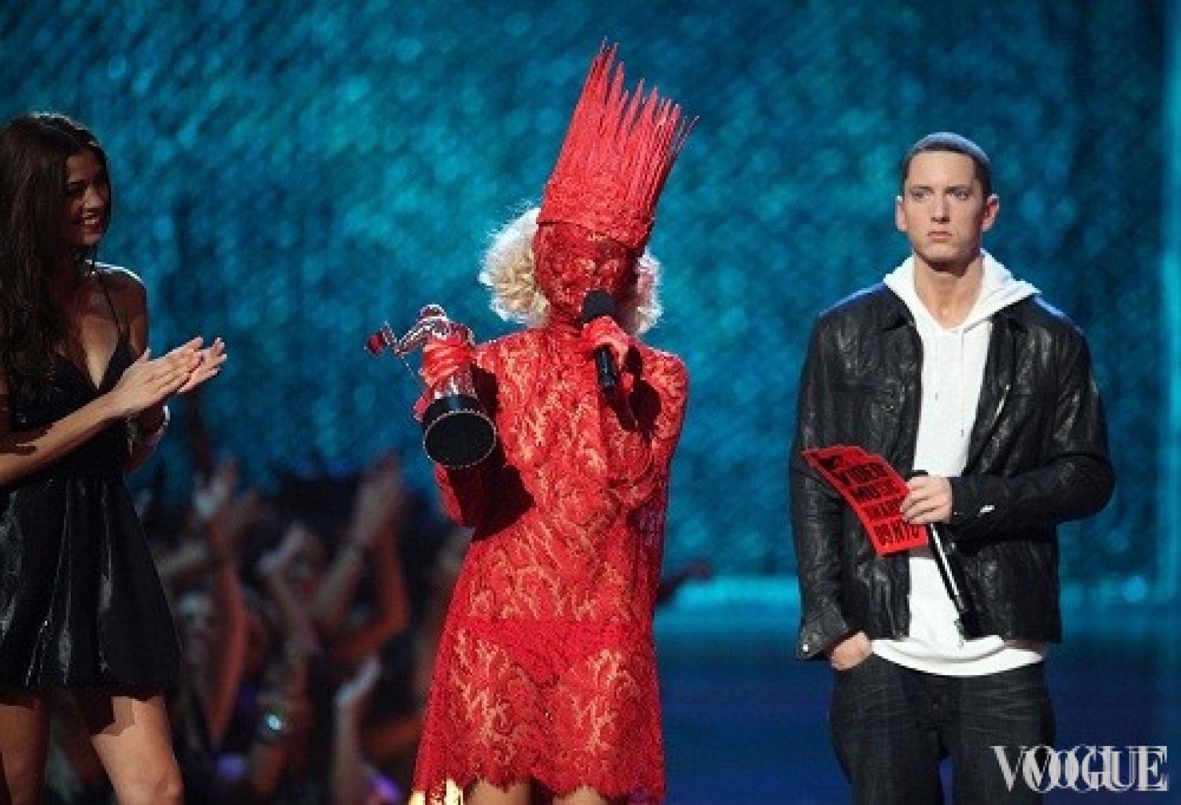 Леди Гага и Эминем, 2009