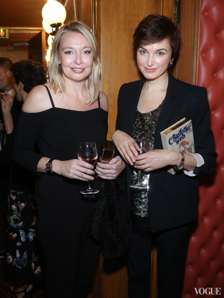 Виктория Давыдова и Карина Добротворская