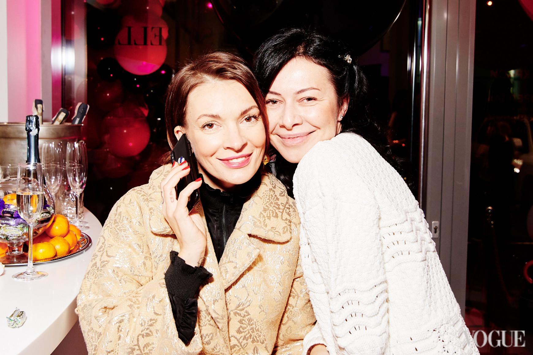Полина Неня и Тамила Немченко
