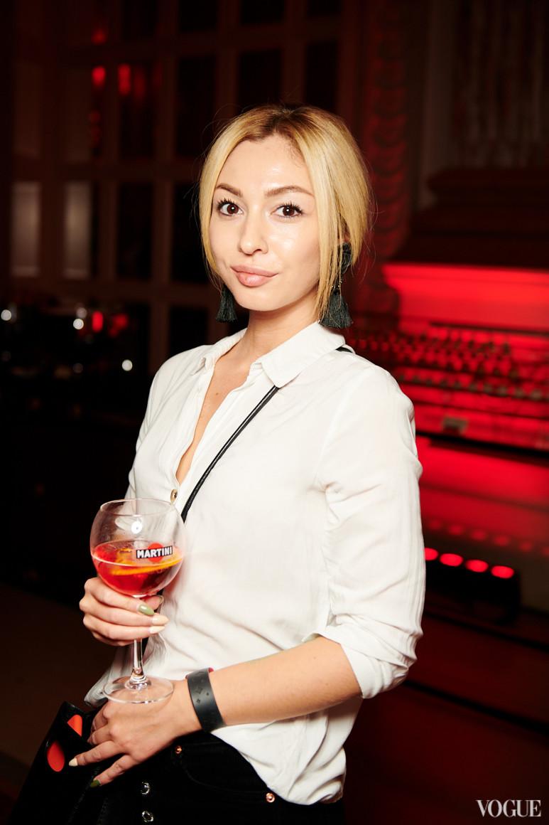Елена Замесова
