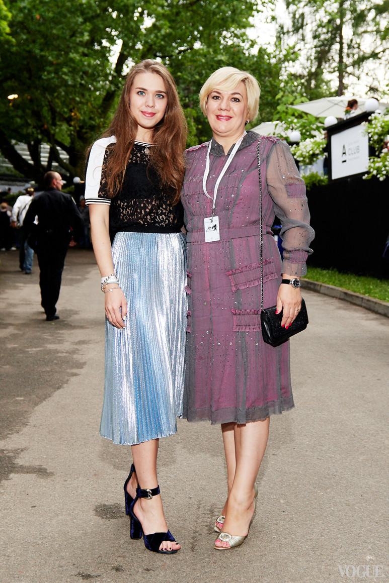 Анастасия и Ирина Заря