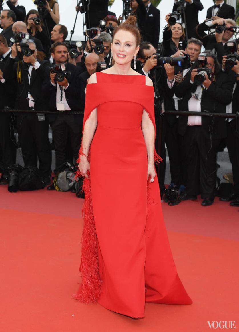 Джулианна Мур в Givenchy Couture