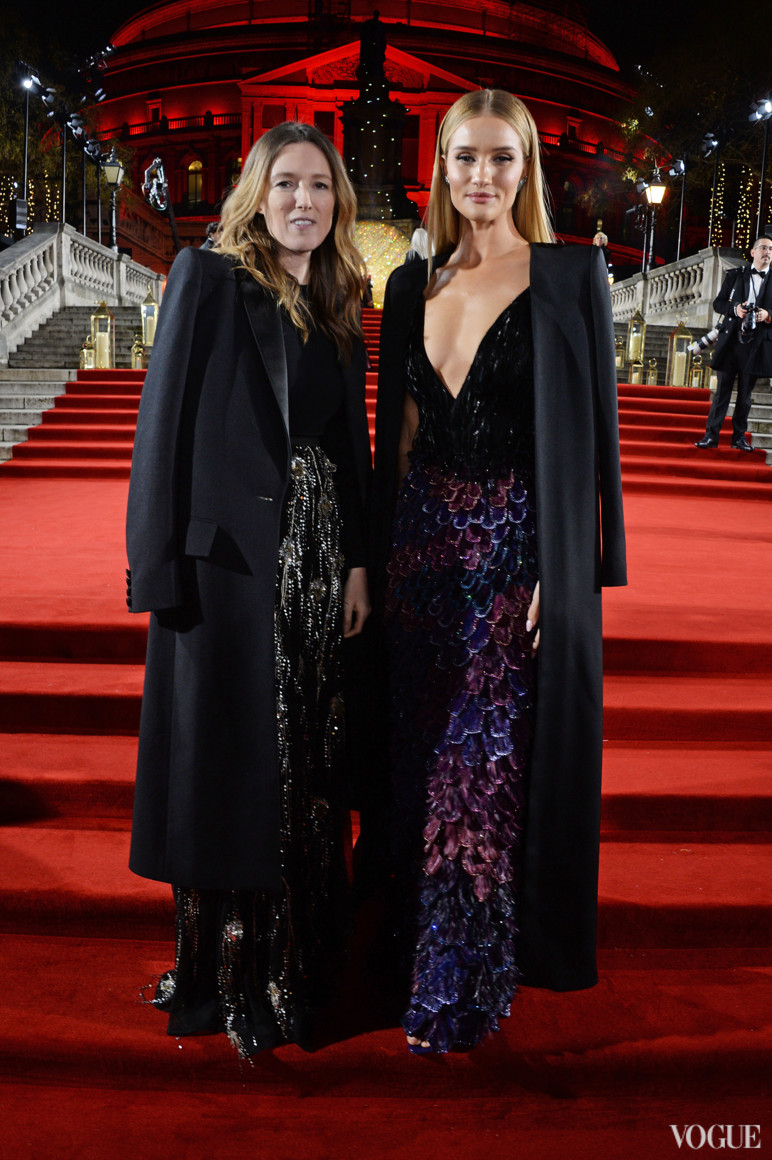 Клер Уэйт Келлер и Рози Хантингтон-Уайтли в Givenchy