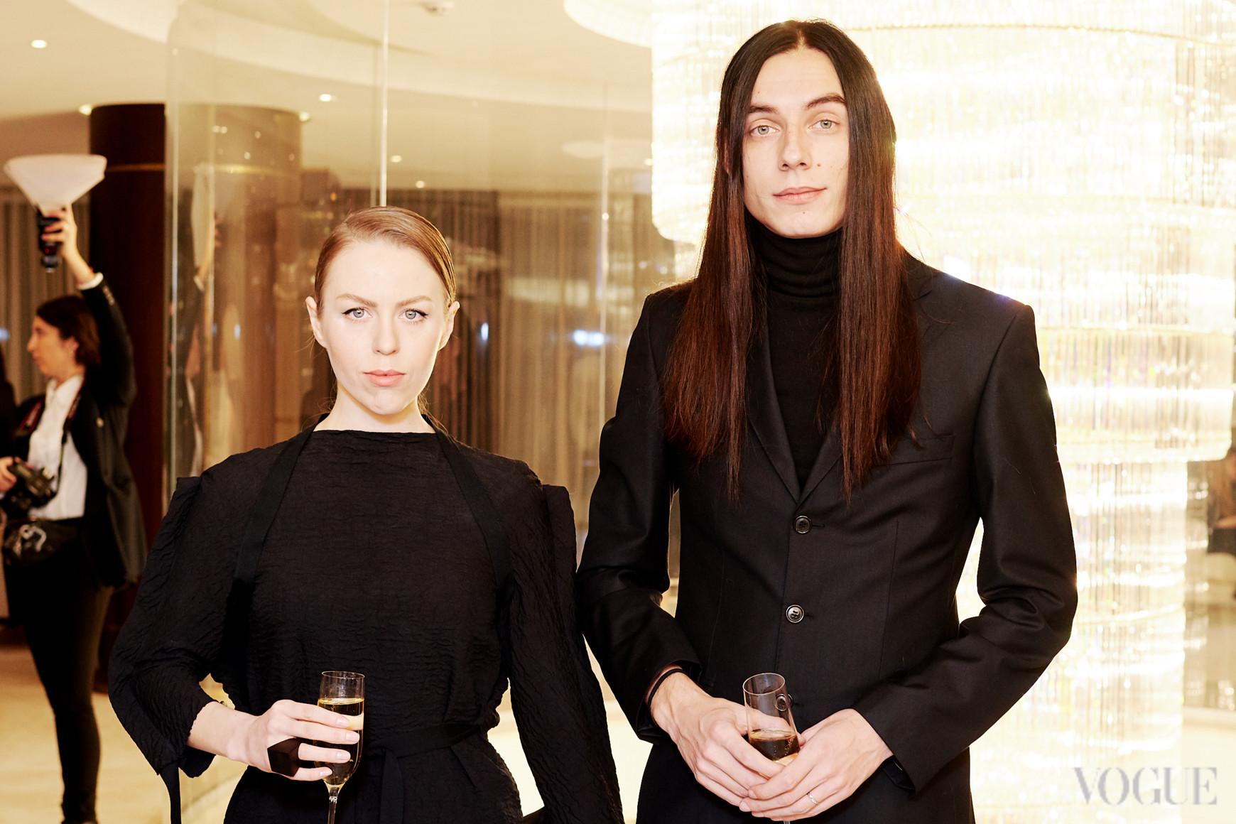 Ирина Джус (слева)