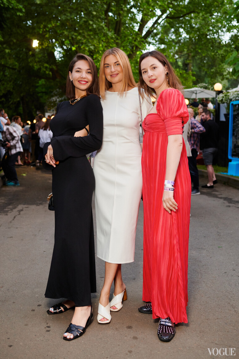 Мария Яслинская, Елена Добрынская и Виолетта Федорова