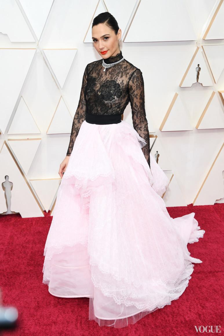 Галь Гадот в Givenchy Couture