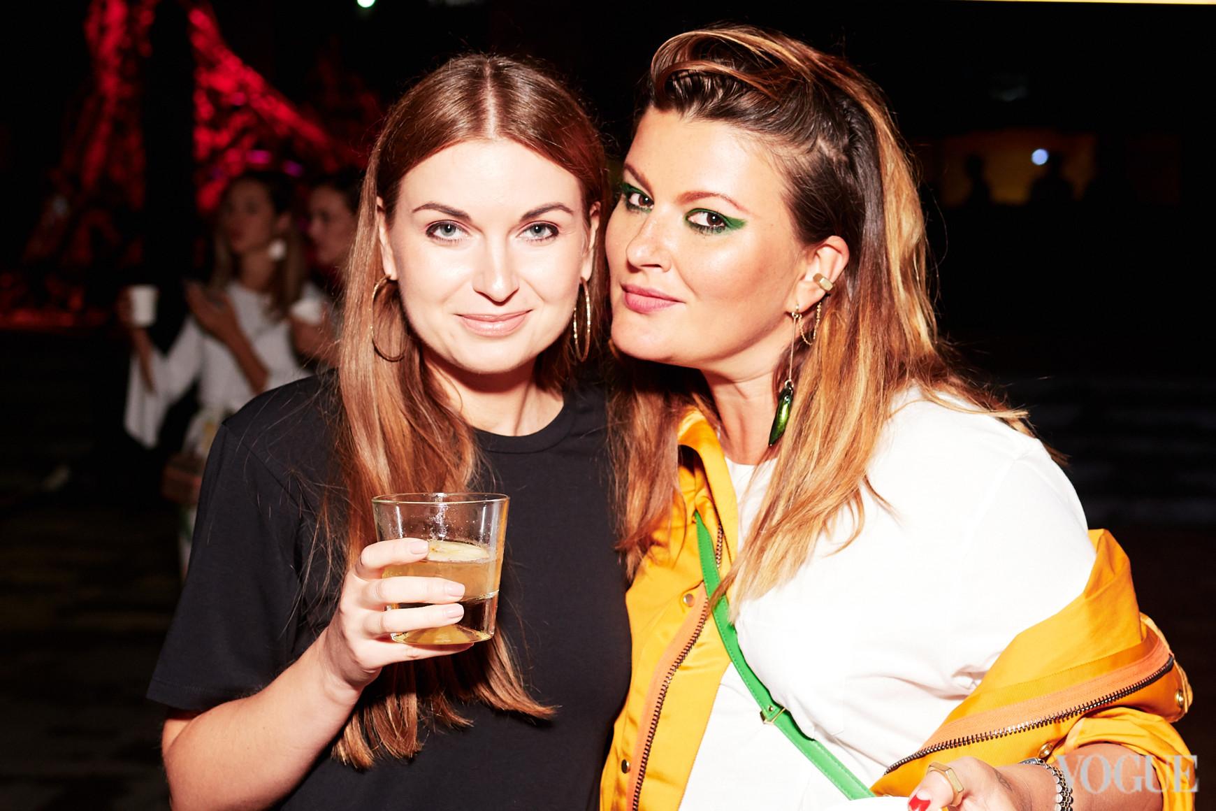 Елена Добрынская и Маша Шубина