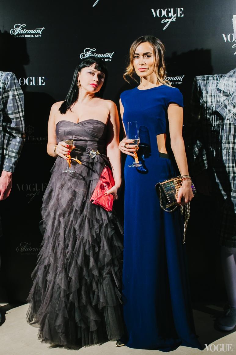 Алиса Илиева (справа)