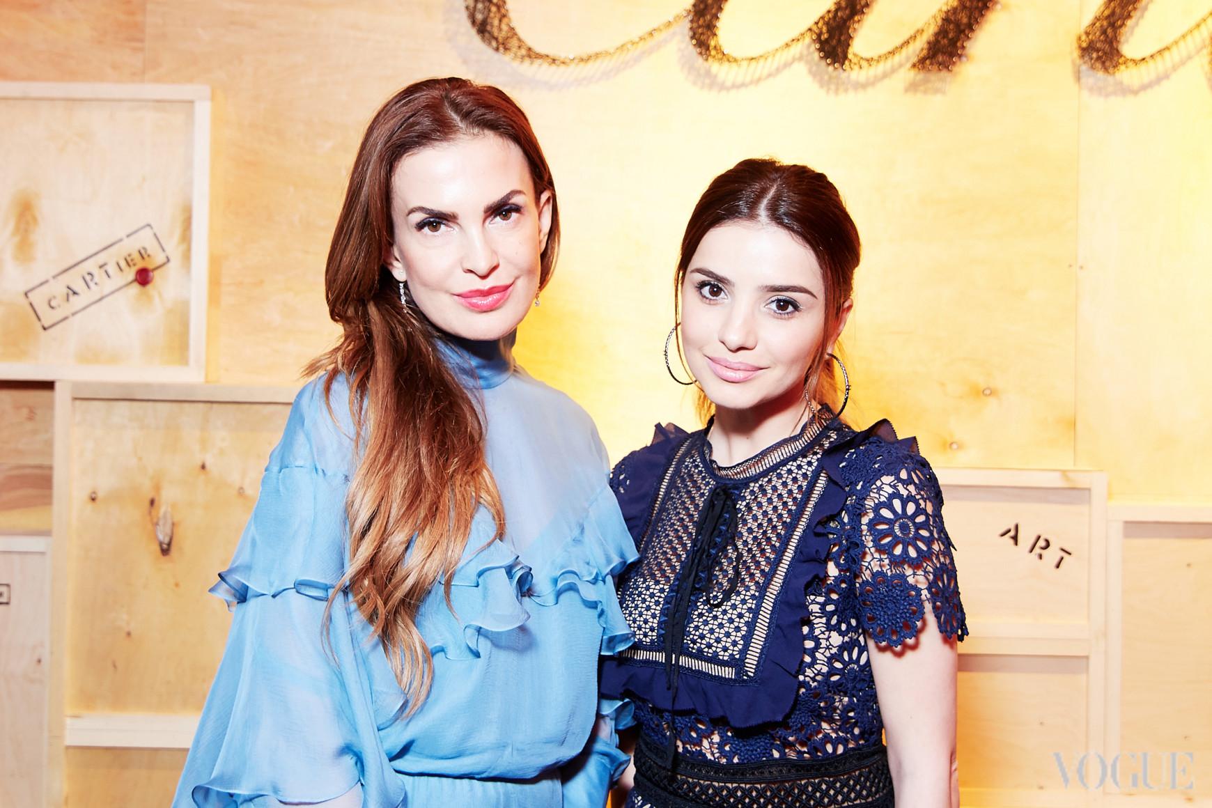 Фаина Тедеева (справа)