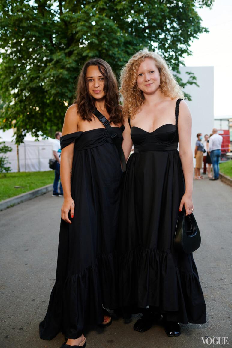 Ксения Каргина и Анна Октябрь