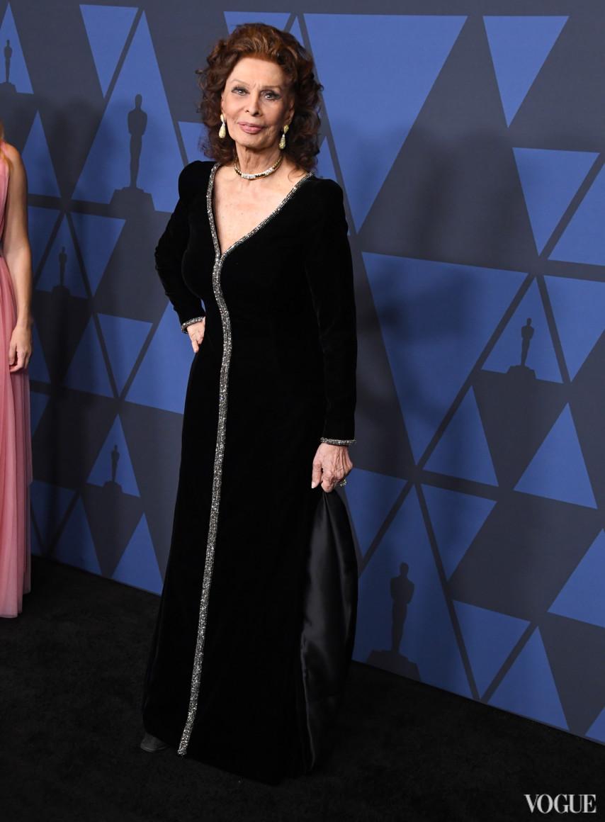 Софи Лорен в Giorgio Armani