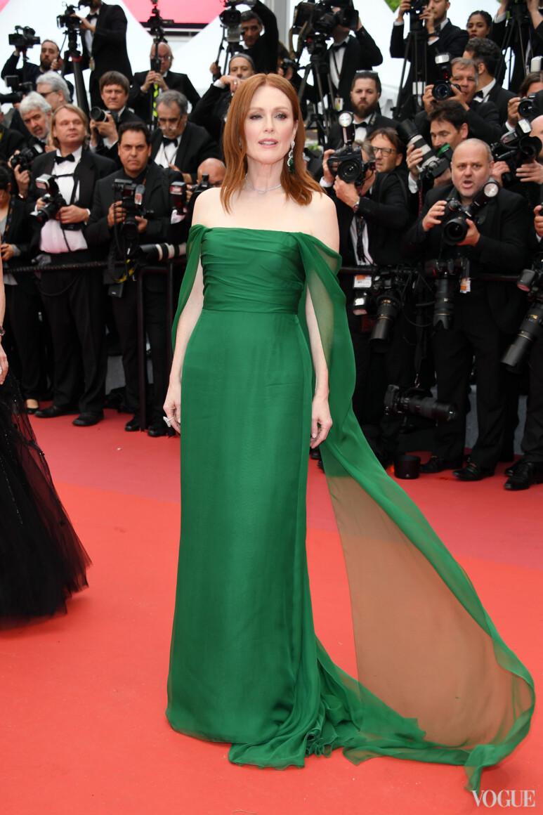 Джулиана Мур в Christian Dior