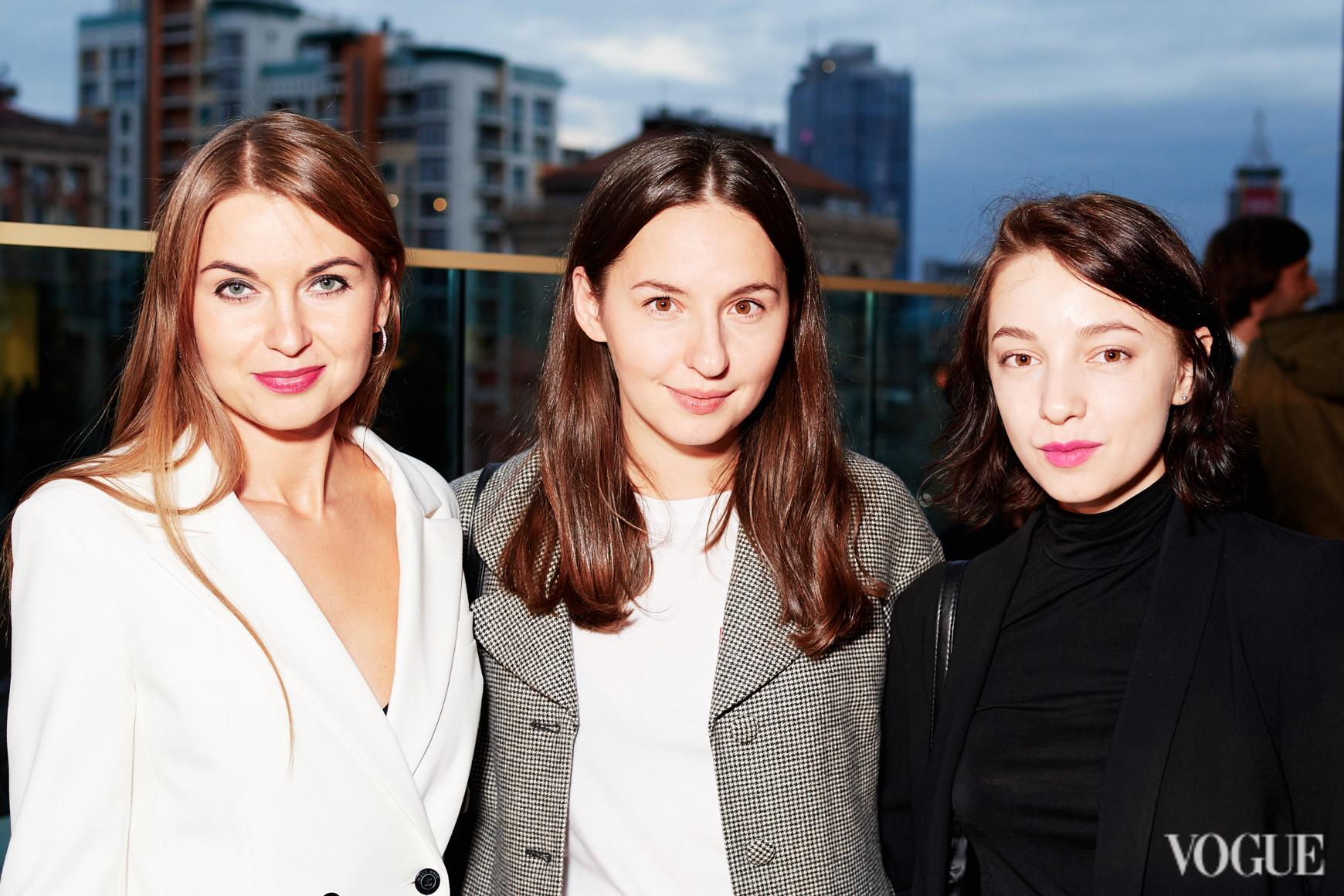 Елена Добрынская, Виолетта Федорова и Анна Кравинская