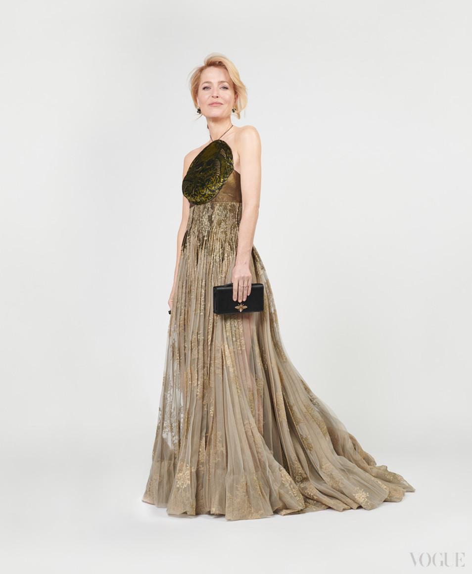 Джиллиан Андерсон в Dior