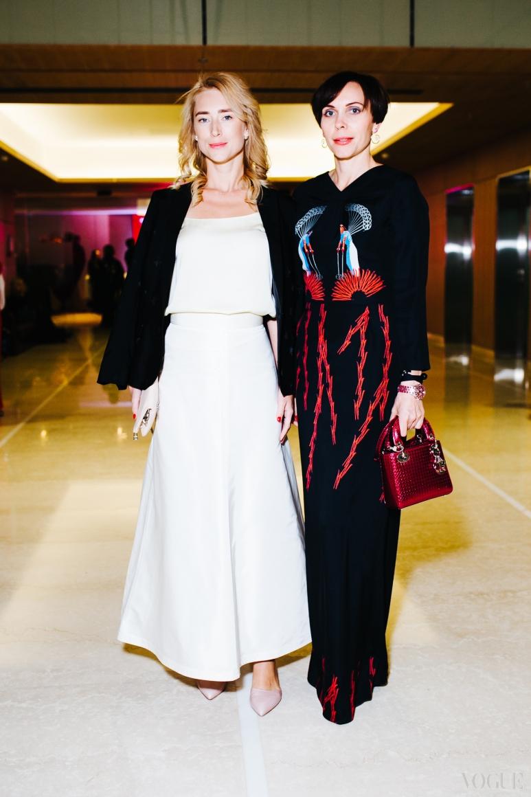 Наталья Савченко (справа)