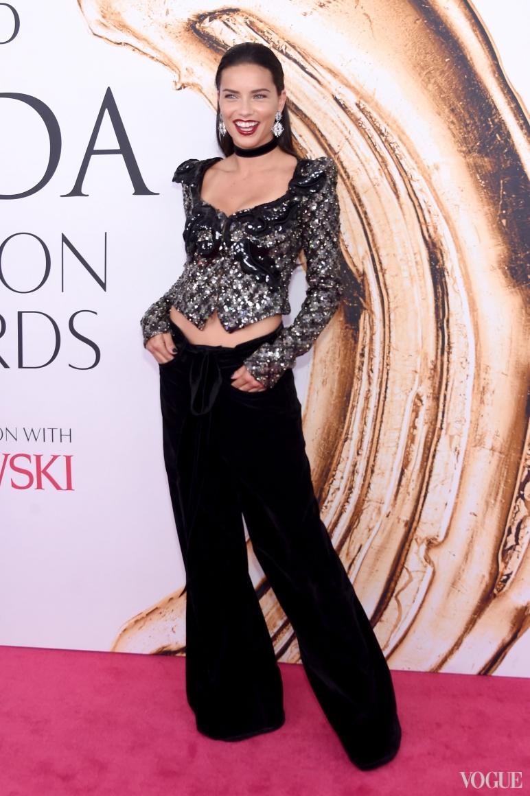 Адриана Лима в Marc Jacobs