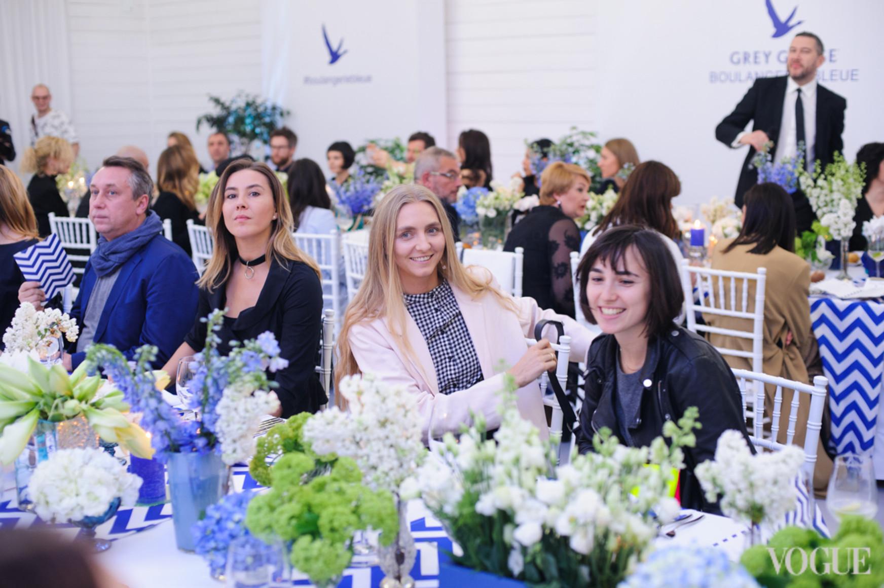 Яна Помазан, Ксения Шнайдер и Юлия Паскаль