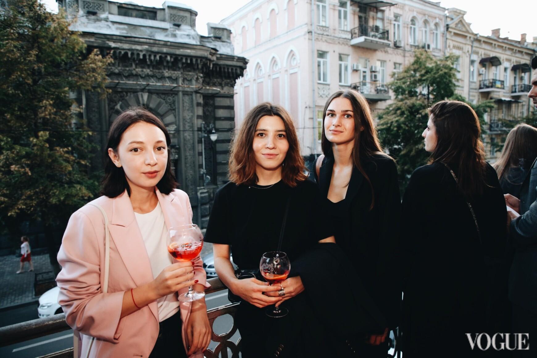 Анна Кравинская, Эдие Дербишева и Ольга Козаченко