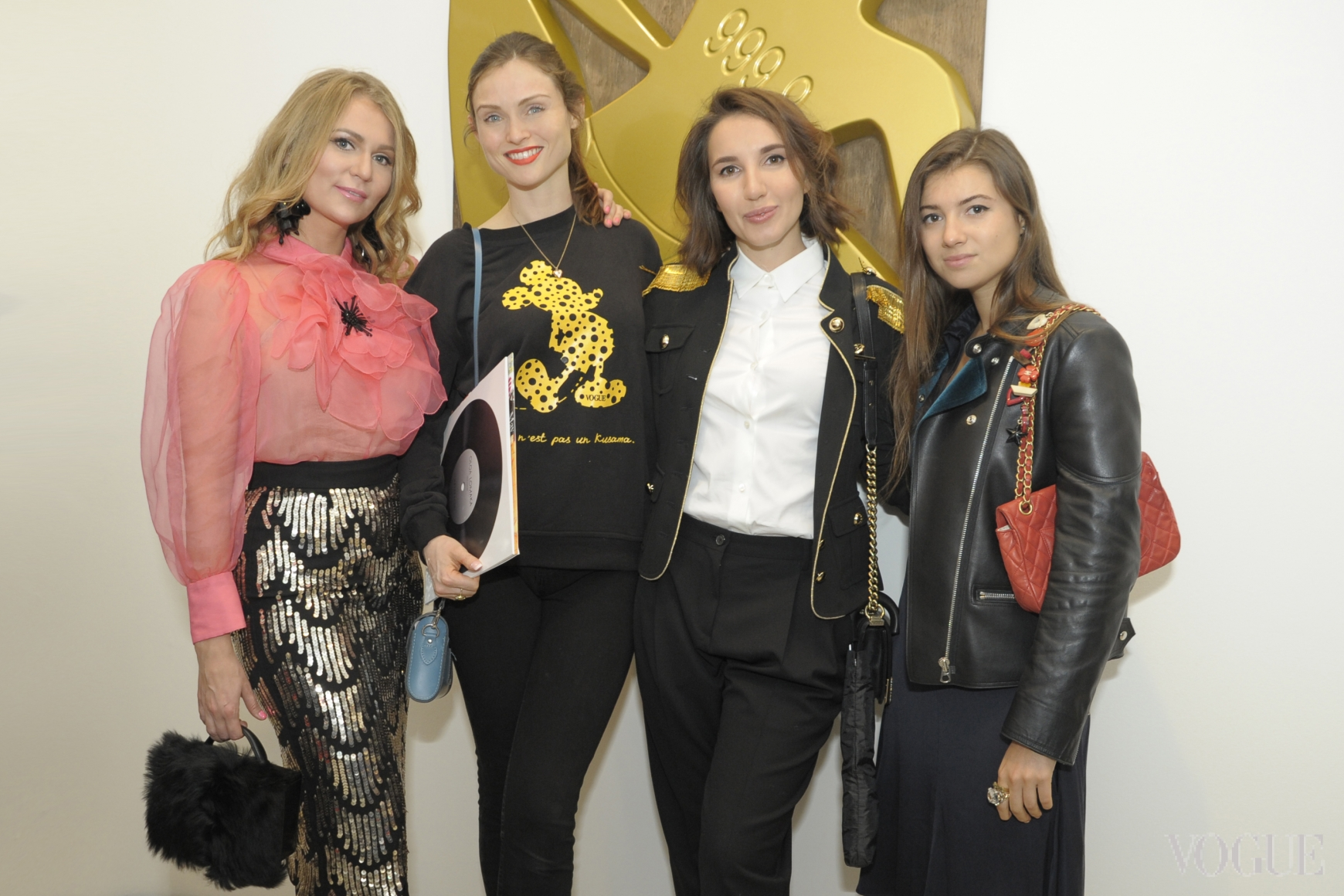 Ольга Ломака, Софи Эллис-Бекстор, Алена Приходько