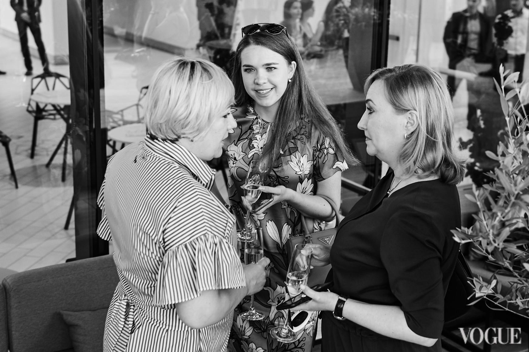 Ирина Заря, Анастасия Заря и Елена Чернова