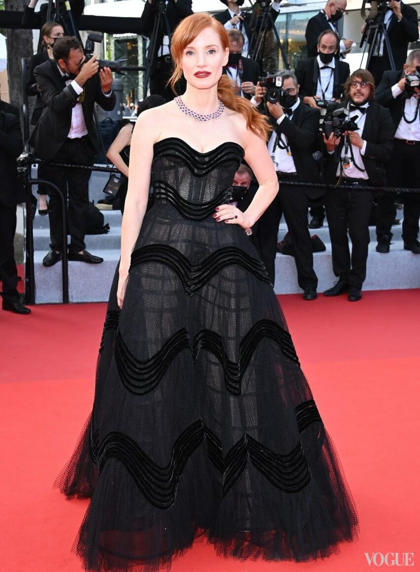 Джессика Честейн в Dior и в украшениях Chopard
