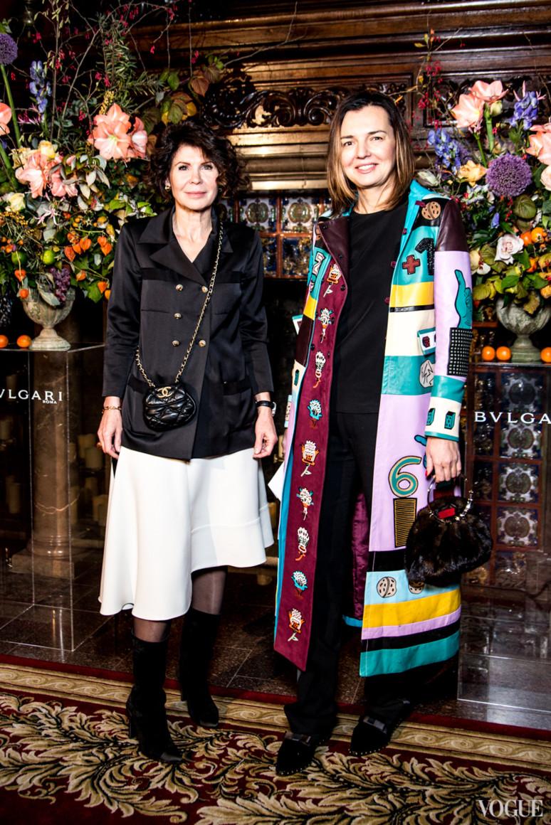 Наталья Черкасская (справа)