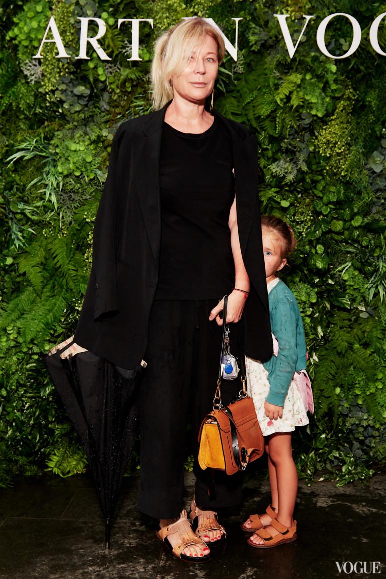 Лилия Пустовит с дочерью Лизой