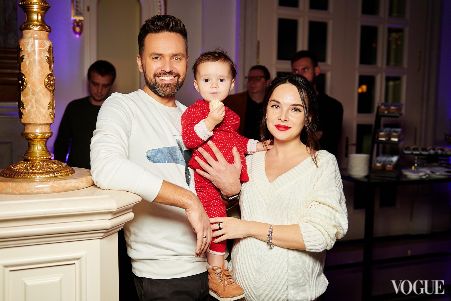 Тимур Мирошниченко с семьей