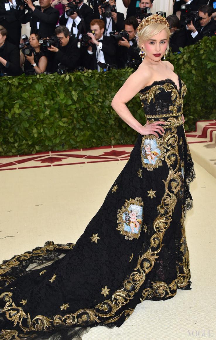 Емілі Кларк в Dolce & Gabbana