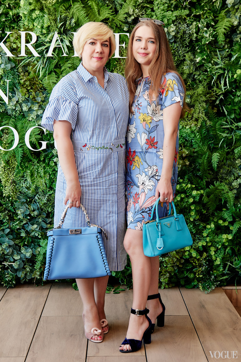 Ирина и Анастасия Заря