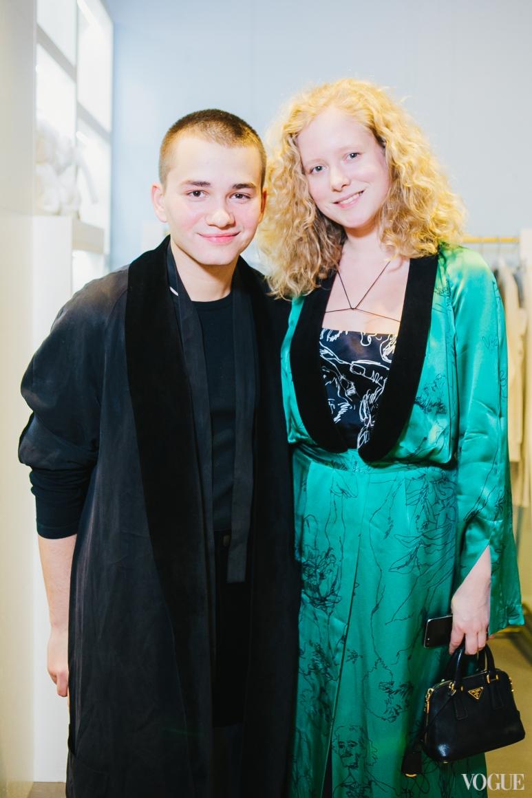 Иван Фролов и Анна Октябрь