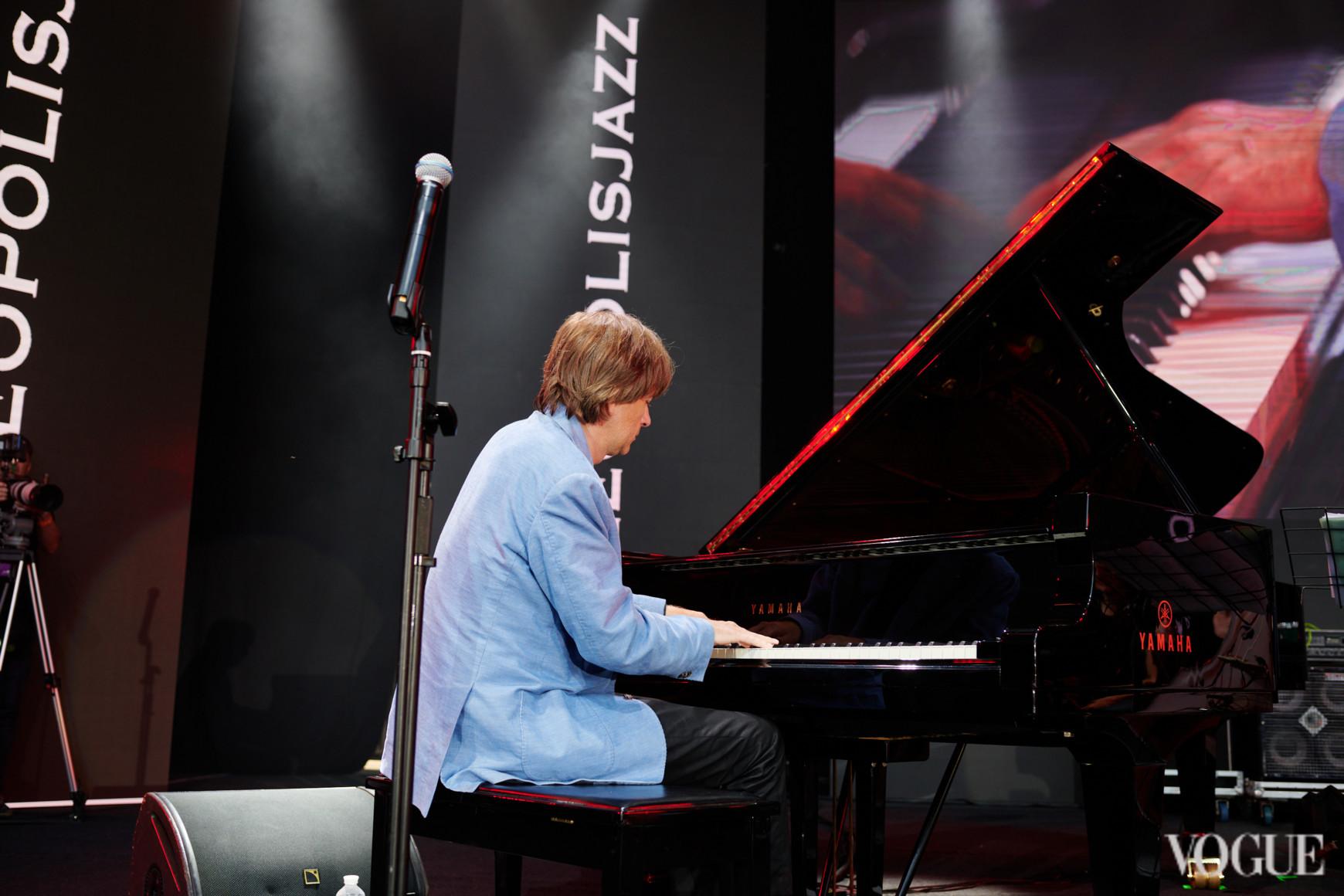 Выступление  Jan Lundgren «Jazz Meets Folk»