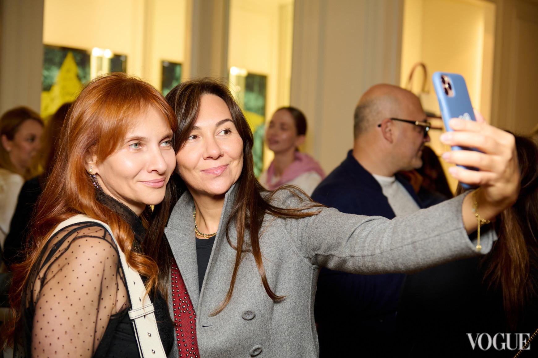 Татьяна Кондратюк (справа)